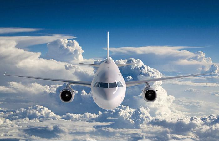avia700