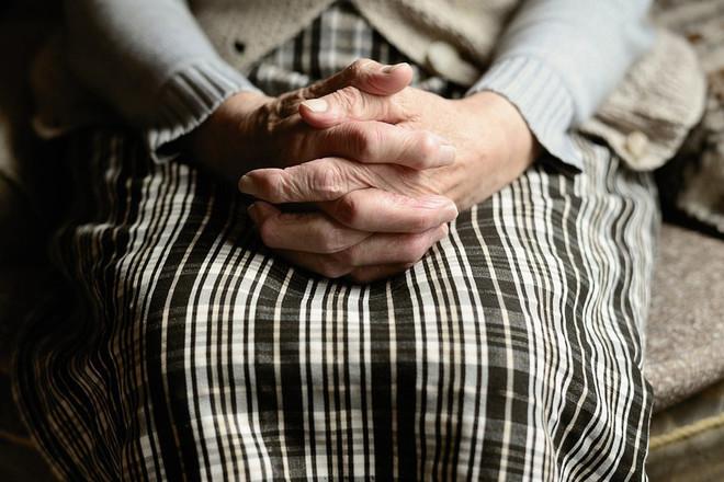 Пенсионеры рассказали, на что потратят сентябрьскую выплату